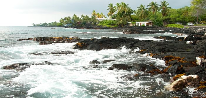 Coastline of Kona with volcano rocks
