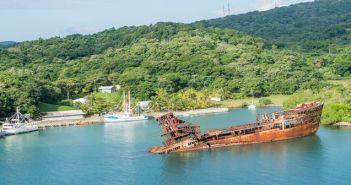 Roatan shore excursions Honduras