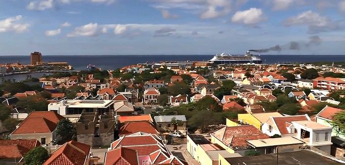 Cityscape of Willemstad with cruise ship in the distance