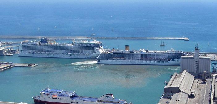Barcelona cruise ship port