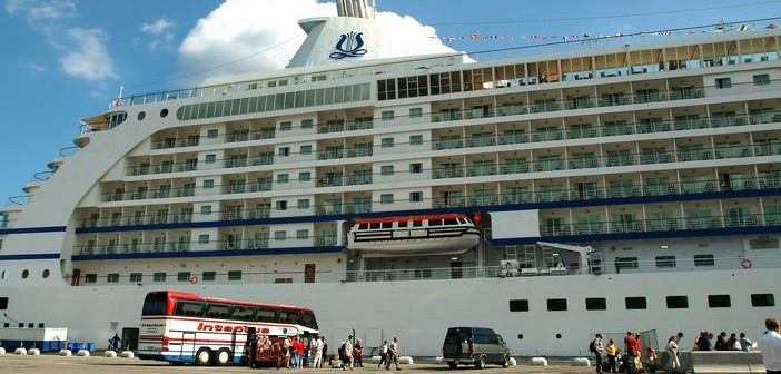 6 Cruise Embarkation Tips that Streamline Your Long-awaited Travel