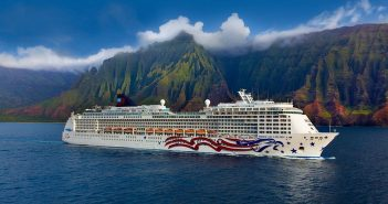 Pride of America sailing at Na Pali Coast